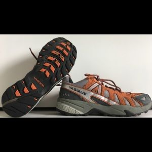 VASQUE Women's Sz 9 Low Top Hiking Shoes